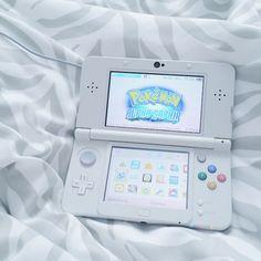 console, ds, gaming, nintendo, nintendo ds, pale, pokemon, white