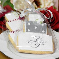 Get wedding cookies in all shapes and sizes with statements or monogrammed.