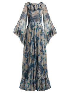 Luisa Beccaria Floral Print Ruffled Georgette Gown - Womens - Blue Print Source by karanful dress Indian Fashion Dresses, Abaya Fashion, Muslim Fashion, Fashion Outfits, Womens Fashion, Fashion Trends, Stylish Dress Designs, Stylish Dresses, Casual Dresses