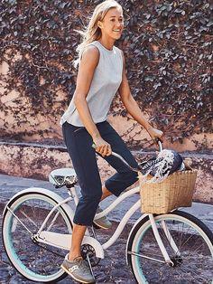 Metro slouch Capri ~ athleta Look so comfy!!