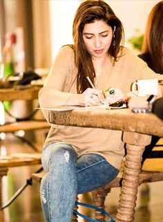 Mahira Khan, Pakistani Actress, Australia, Actresses, Trends, Princess, Face, Girls, Beauty
