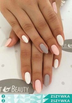Pastelowe paznokcie different color nails, pink grey nails, pastel color nails, nail colours Trendy Nails, Cute Nails, Spring Nails, Summer Nails, Pink Grey Nails, Pastel Color Nails, Pastel Hair, Ongles Bling Bling, Different Color Nails