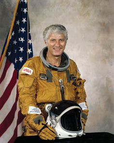 """Henry Warren """"Hank"""" Hartsfield, Jr. (born November 21, 1933) is a retired United States Air Force officer and a former USAF and NASA astronaut who logged over 480 hours in space."""