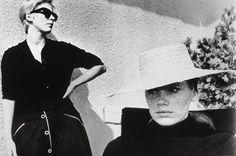 """Avec """"Persona"""" (1966), Ingmar Bergman réinvente son cinéma. Ici, les deux actrices phares du film, Bibi Andersson et Liv Ullmann."""