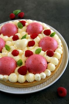 Dessert Aux Fruits, Desserts Fruits, Cake Recipes, Dessert Recipes, Biscuits, Bread Cake, Pinterest Recipes, Cheesecakes, Food Dishes