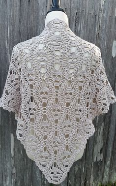 Crochet Pattern Lost In Time : 1000+ ideas about Shawl Patterns on Pinterest Shawl ...