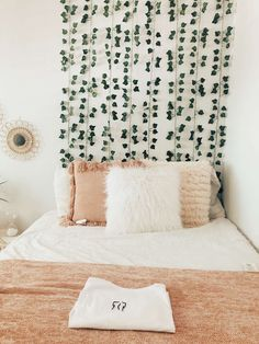 Room Design Bedroom, Small Room Bedroom, Room Ideas Bedroom, Home Decor Bedroom, Pinterest Room Decor, Cozy Room, Aesthetic Bedroom, My New Room, Room Inspiration