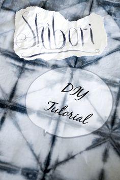 DIY Shibori Falt-Tutorial, Kissen und Geschirrtücher batiken, Shibori, How To Dye Fabric, Diy Art, Wearable Art, Diy Tutorial, Creations, Lady, Inspiration, Silk Scarves