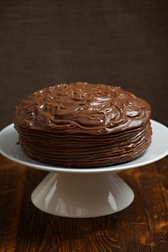 Gluten Free Chocolate Cake Recipe with chocolate ganache topping Chocolate Roulade, Chocolate Ganache Cake, Gluten Free Chocolate Cake, Lactose Free Recipes, Gluten Free Treats, Poke Cakes, Lava Cakes, Fudge Cake, Brownie Cake