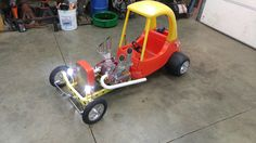 Discover recipes, home ideas, style inspiration and other ideas to try. Soap Box Derby Cars, Soap Box Cars, Rat Rod Cars, Pedal Cars, Homemade Go Kart, Karting, Kids Wagon, Diy Go Kart, Welding Crafts