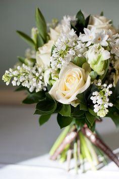 White Swan Valentine's bouquet - BlueSkyFlowers.co.uk Photo Credit Fiona Kelly