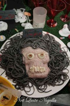Medusa's Head | The Ultimate Collection Of Creepy, Gross And Ghoulish Halloween Recipes