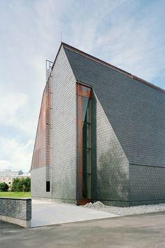 Kuokkala Church Architects: Lassila Hirvilammi Architects Location: Jyväskyla, Finland Photographs: Jussi Tianen