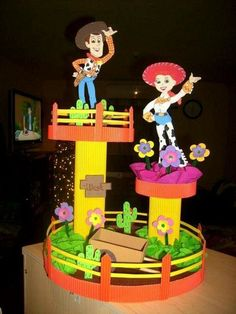 Arts And Crafts With Paper Cumple Toy Story, Festa Toy Story, Toy Story Party, Toy History, Toy Story Crafts, Baby Cinderella, Toy Story Birthday, Farm Party, Paper Toys