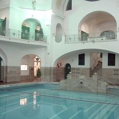 Müller'sches Volksbad - Art Nouveau Russian Bath House