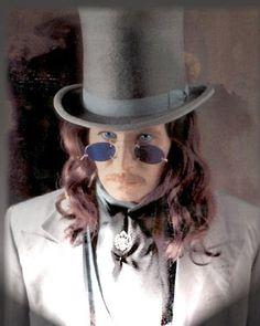 gary-oldman-dracula-1992.jpg 300×375 pixels