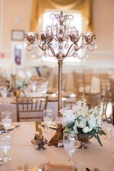 Elegant Gold Candle Centerpiece | Bethany Walter Photography