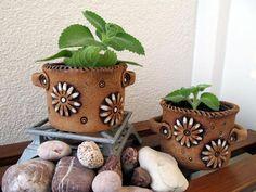 Fotogalerie :: Keramika DagmarRa Concrete Planters, Planter Pots, Clay Crafts, Flower Pots, Pottery, Clay Ornaments, Rustic, Ceramics, Plants
