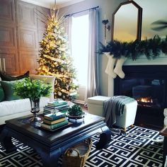 Have yourself a Merry little Christmas 🎄 and a little Merry Little Christmas, Christmas 2017, Christmas Tree, Moving To North Carolina, Holiday Fashion, Historical Sites, Shades Of Green, Vintage Shops, Table Decorations