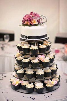 WEDDING CAKE ~ yum! love the chocolate cupcake holders.