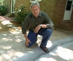 Repair and resurface a concrete driveway in a weekend or less. Better Homes and Gardens contributing editor Danny Lipford shows you how. Repair Concrete Driveway, Repair Cracked Concrete, Clean Concrete, Broken Concrete, Concrete Porch, Mix Concrete, Concrete Driveways, Concrete Projects, Concrete Pad