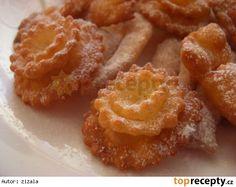 Boží milosti - růžičky, mašličky Onion Rings, Rum, Waffles, French Toast, Treats, Baking, Breakfast, Sweet, Ethnic Recipes