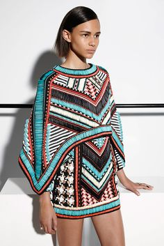 Balmain Resort 2015 Fashion Show Collection: See the complete Balmain Resort 2015 collection. Look 18 Tribal Fashion, African Fashion, New Fashion, Runway Fashion, High Fashion, Fashion Show, Womens Fashion, Fashion Trends, Fashion 2016