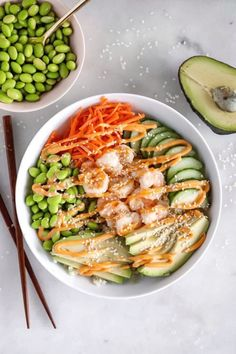 Shrimp Sushi Bowls With Cauliflower Rice - Dash of Mandi Craving sushi? Try these budget-friendly, easy and delicious deconstructed shrimp sushi bowls with cauliflower rice! Cheap Clean Eating, Clean Eating Snacks, Healthy Eating, Clean Recipes, Cooking Recipes, Healthy Recipes, Cooking Pork, Cooking Turkey, Shrimp Recipes