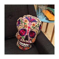 """Coussin """"Skull"""""""