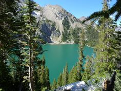 Welcome to Snowmass Lake: An incredible lake situated below Snowmass Mountain that will make you think you have left Colorful Colorado for your own private oasis.