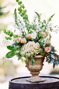 Romantic Blush Sundance Resort Wedding: http://www.stylemepretty.com/little-black-book-blog/2014/08/29/romantic-blush-sundance-resort-wedding/ | Photography: Chudleigh Weddings - http://www.chudleighweddings.com/