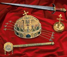 Crown of St. Stephen, Holy Crown of Hungary The Holy Crown of Hungary and the Coronation Regalia Royal Crowns, Royal Jewels, Tiaras And Crowns, Crown Jewels, Byzantine Gold, Hungary Travel, Saint Stephen, Heart Of Europe, Austro Hungarian
