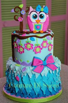 Owl birthday cake very cute! Birthday Cakes Girls Kids, Owl Cake Birthday, Owl Birthday Parties, Birthday Ideas, Girly Cakes, Fancy Cakes, Pretty Cakes, Cute Cakes, Bolo Original