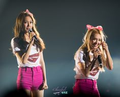 Snsd Hyoyeon & Sooyoung