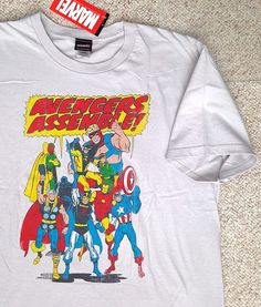 New Marvel Comics AVENGERS ASSEMBLE! T-SHIRT light-gray cotton vtg-look MENS LRG…
