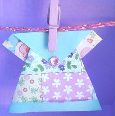 Lina Origami: PAP Vestidinho de Origami