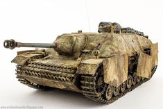 I just started with my next Projekt - but i dont have enough progress for an Update. So that means that i am just showing you . Jagdpanzer Iv, Red Kite, Armored Vehicles, War Machine, World War Ii, Scale Models, Military Vehicles, Street Lamp, Germany