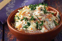 Συνταγή για λαχανοσαλάτα με μαγιονέζα! Food Categories, Coleslaw, Greek Recipes, Food Plating, Ratatouille, Food For Thought, Thai Red Curry, Potato Salad, Mashed Potatoes