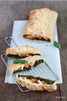 Schnelle Pizzarolle - das perfekte Partyfood oder Mitbringsel zum Picknick!