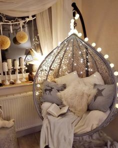 Home design for awesome hanging chairs A new concept for the use of hanging chai Girl Bedroom Designs Awesome chai Chairs Concept design Hanging Home Cute Room Ideas, Cute Room Decor, Teen Room Decor, Room Ideas Bedroom, Bedroom Decor, Nursery Decor, Girl Bedroom Designs, Girls Bedroom, Aesthetic Room Decor
