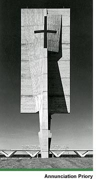 Bell-tower of the priory of the Annunciation of the Benedictine sisters in Bismarck, North Dakota (1961-1963) | Marcel Breuer