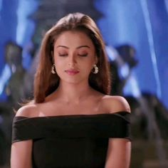 Actress Aishwarya Rai, Bollywood Actress, Pretty Brown Skin Girls, Vintage Bollywood, Most Beautiful People, Cute Girl Face, Most Beautiful Indian Actress, Star Fashion, Indian Beauty