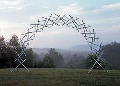 Tensegrity arch by Snelson.