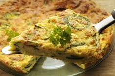 Traditional Italian Zucchini Frittata (Frittata con Zucchine) | Enjoy this authentic Italian recipe from our kitchen to yours. Buon Appetito!