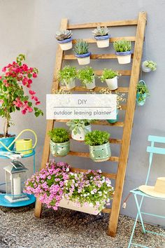 Outdoor Leaning Garden Planter