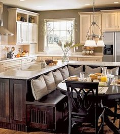 Extraordinary Remodel kitchen island design,Small kitchen cabinets lowes and Zillow kitchen remodel. Home Interior, Kitchen Interior, New Kitchen, Kitchen Nook, Awesome Kitchen, Kitchen Banquette, Kitchen Hacks, Interior Design, Family Kitchen
