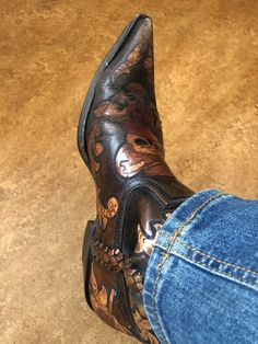 Western Wear, Western Boots, Cowboy Boots, Dress With Boots, Maleficent, Men's Fashion, Fashion Trends, Boat Shoes, Chelsea Boots