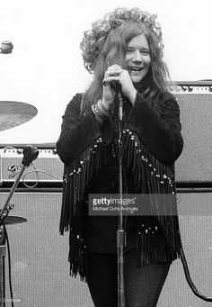 Janis Joplin and Big Brother & The Holding Company perform at the New Year's Wail in Golden Gate Park on January 1, 1967 in San Francisco, California.