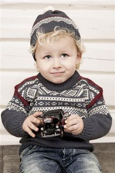 this is the Marius pattern from Norway Knitting For Kids, Crochet For Kids, Baby Knitting, Crochet Books, Knit Crochet, Fair Isle Knitting, Children In Need, Baby Sweaters, Kids And Parenting