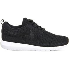NIKE Roshe Run flyknit trainers (€115) ❤ liked on Polyvore featuring shoes, sneakers, black black white, nike, black trainers, flyknit trainer, black shoes and black flyknit trainer